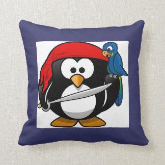 Niños lindos del pirata y del loro del pingüino de almohadas