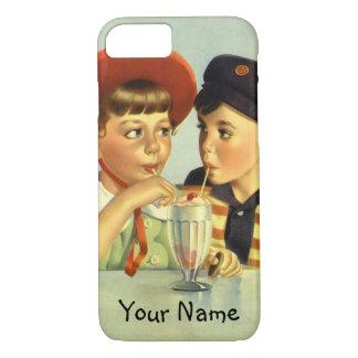 Niños, muchacho y chica del vintage compartiendo funda iPhone 7