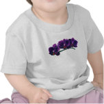 Niños púrpuras oscuros de las orquídeas del Phalae Camisetas