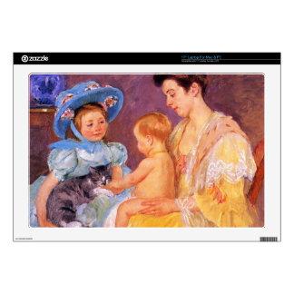 Niños que juegan con un gato de Mary Cassatt Calcomanías Para Portátiles