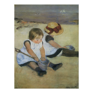 Niños que juegan en la playa de Mary Cassatt Póster