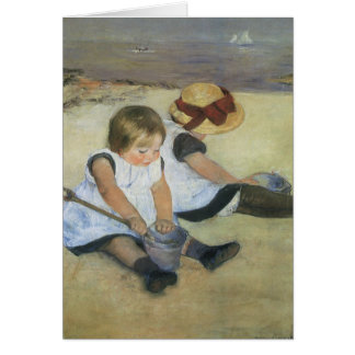 Niños que juegan en la playa de Mary Cassatt Tarjeta De Felicitación