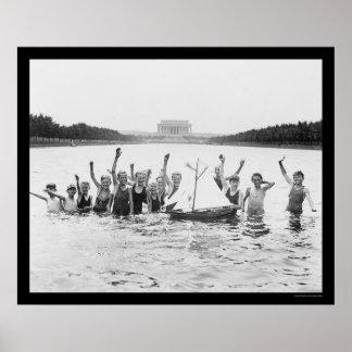 Niños que nadan en el Lincoln memorial 1926 Posters