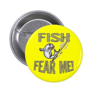 Niños que pescan las camisetas y niños que pescan  pin redondo de 2 pulgadas