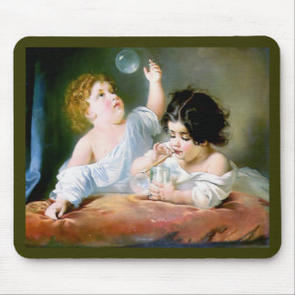 Niños que soplan la pintura de las burbujas tapete de raton