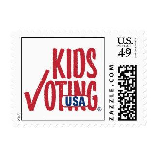 Niños que votan el sello de los E E U U