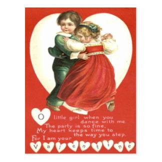 Niños retros del vintage que bailan la tarjeta de postal