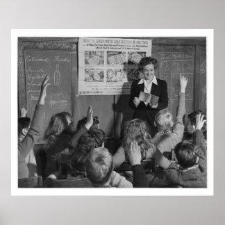 Niños y libro de ración WWII - vintage Poster