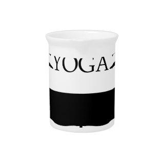 Nivel avanzado de la actitud de la yoga jarras para bebida