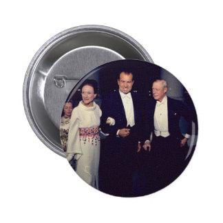 Nixon_and_the_Windsors Pin Redondo De 2 Pulgadas