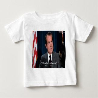 Nixon y no una cita del ladrón playeras