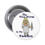 Niza la enfermera está el vacaciones pin