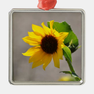 No # 121 - Premium Round Ornament, Sunflower. Metal Ornament