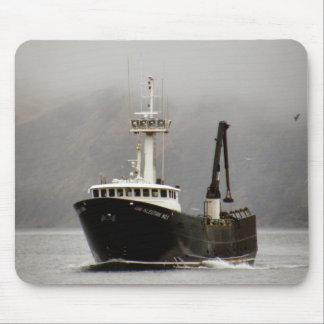 No. 1, barco del Aleutian del cangrejo en el puert Alfombrillas De Ratón