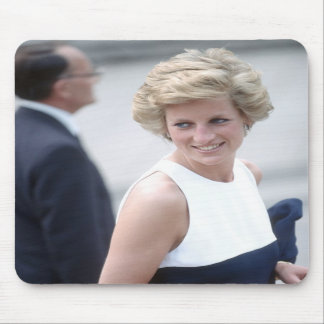 No.23 Princess Diana visits Budapest, Hungary 1990 Mousepads