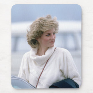 No.31 Princess Diana arrives at Zurich Airport in Mouse Pad