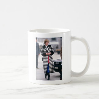 No.32 Princess Diana arrives for a skiing holiday Coffee Mug