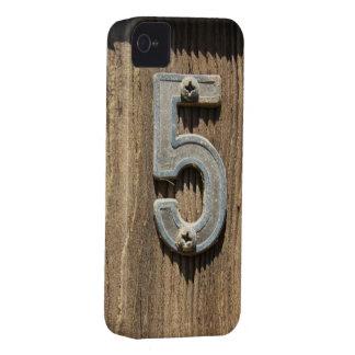 No. 5 en el caso de madera del iPhone 4S iPhone 4 Case-Mate Protectores