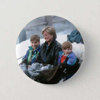No.69 William, Diana and Harry Lech 1993 Button