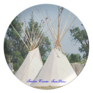 No # 7 Dinner Plate, Twin Teepees, Crow Style Dinner Plate