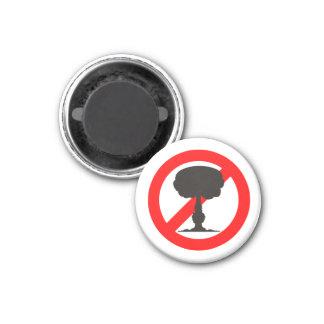 No a la bomba imán redondo 3 cm