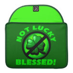 ¡No afortunado - bendecido! Fundas Para Macbook Pro