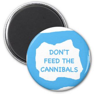 No alimente a caníbales .png imán redondo 5 cm