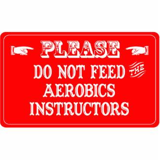 No alimente a los instructores de los aeróbicos esculturas fotográficas