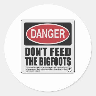 No alimente el Bigfoots Etiquetas Redondas