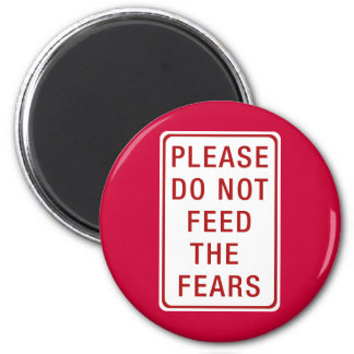 No alimente por favor los miedos imán para frigorífico