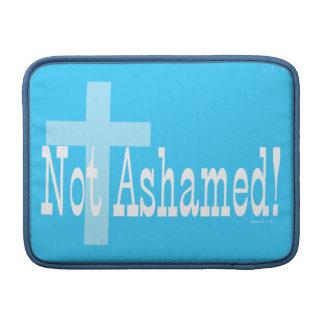 ¡No avergonzado! 1:16 de los romanos (con la cruz) Funda Macbook Air