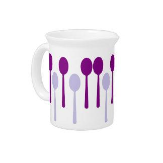 No bastantes cucharas jarra de beber