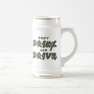 No beba y no conduzca la taza