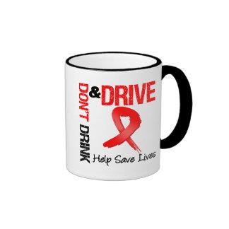 No beba y no conduzca tazas de café