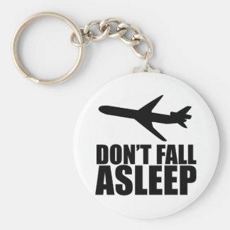 No caiga dormido (en un avión) llavero redondo tipo pin