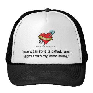No cepilló mi gorra del pelo con el logotipo