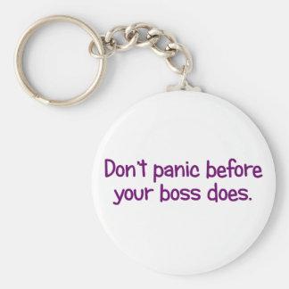 No comience a aterrarse hasta que su jefe haga (2) llaveros
