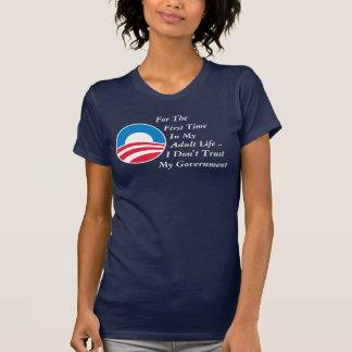 No confíe en al gobierno camisetas
