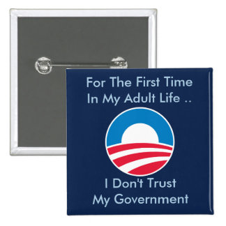 No confíe en al gobierno pin cuadrado