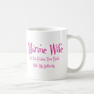 No confunda, esposa marina tazas de café