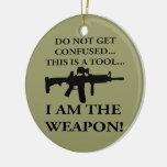 No consiga confundió este rifle es una herramienta adornos