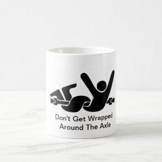 No consiga envuelto alrededor de la taza de café d