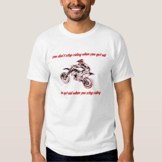 No consiga la camiseta vieja del motocrós de la poleras