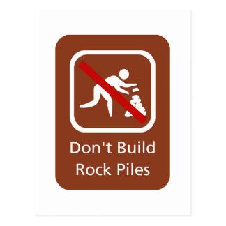 No construya las pilas de la roca, muestra, tarjeta postal