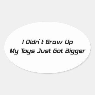 No crecí mis juguetes apenas conseguidos más pegatina de oval