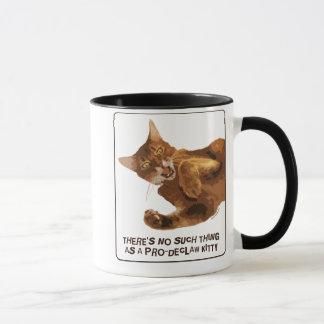 No Declaw Kitty Ringer Mug