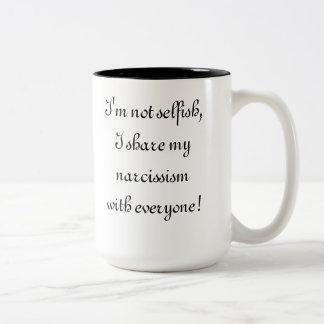 No egoísta taza de dos tonos