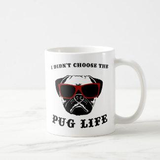 No elegí el perro fresco de la vida del barro taza básica blanca