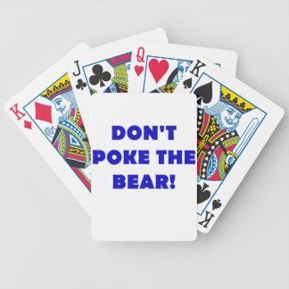 No empuje el oso barajas de cartas