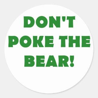 No empuje el oso pegatina redonda